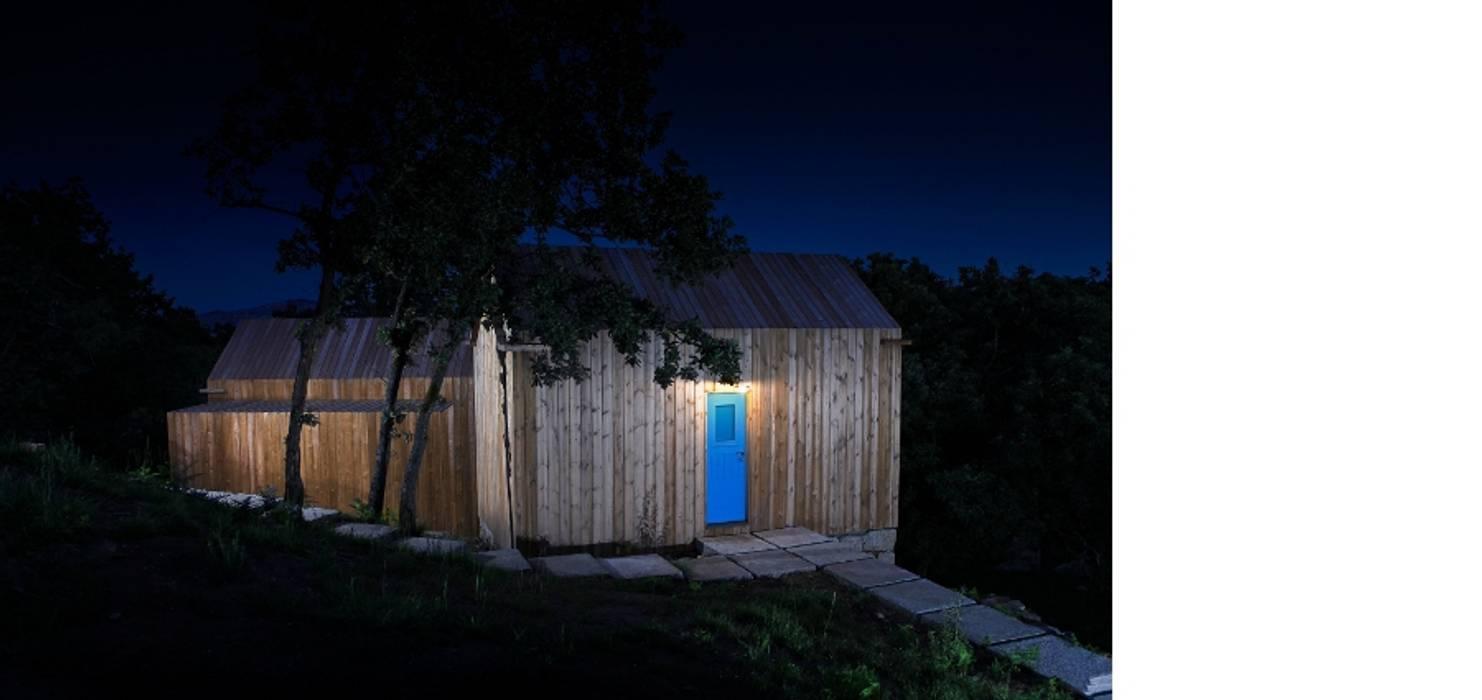 Hotel Modern Oleh Rusticasa Modern Kayu Wood effect