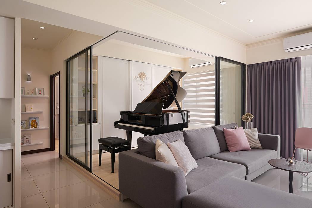鋼琴房:  書房/辦公室 by 趙玲室內設計