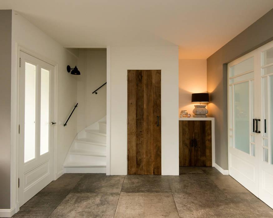Interieur Woonkamer Eiken : Eiken houten deuren maken het interieur helemaal af woonkamer