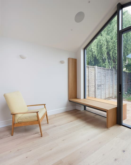 Seating: modern Dining room by Thomas & Spiers Architects