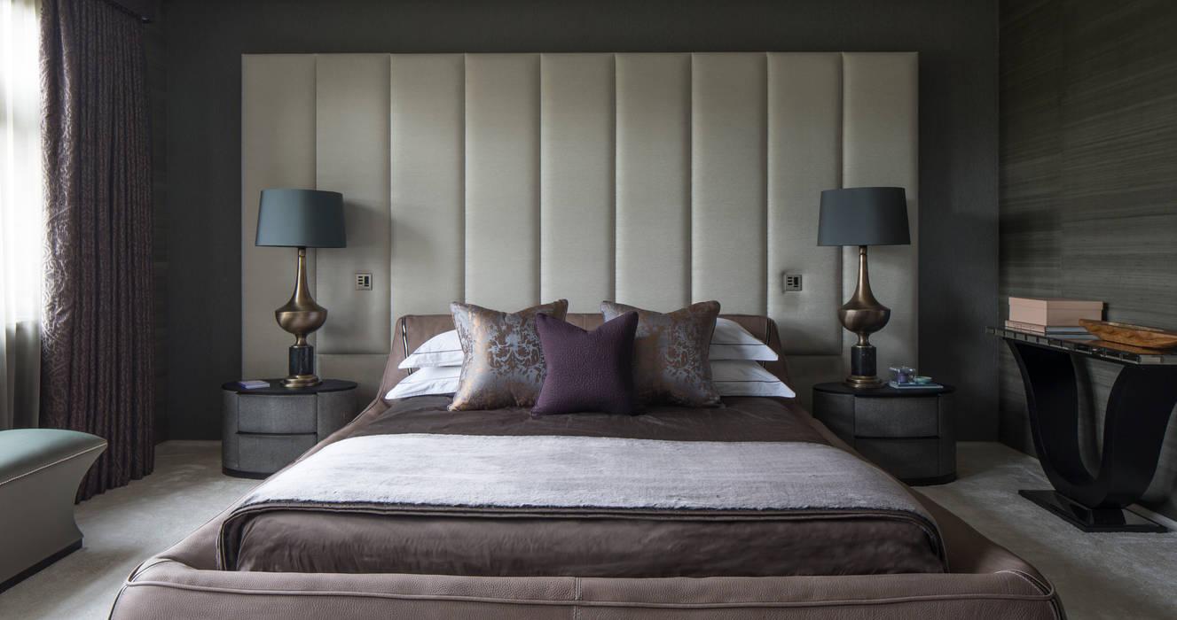 Broad Walk Master Bedroom:  Bedroom by Roselind Wilson Design
