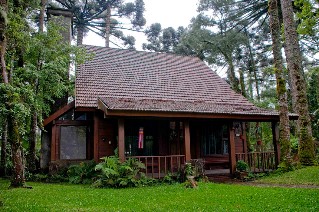 Casas de estilo rústico de CABRAL Arquitetos Rústico Madera Acabado en madera