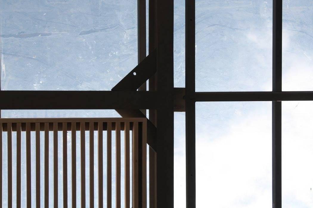 Modern Windows and Doors by Hb/arq Modern Aluminium/Zinc