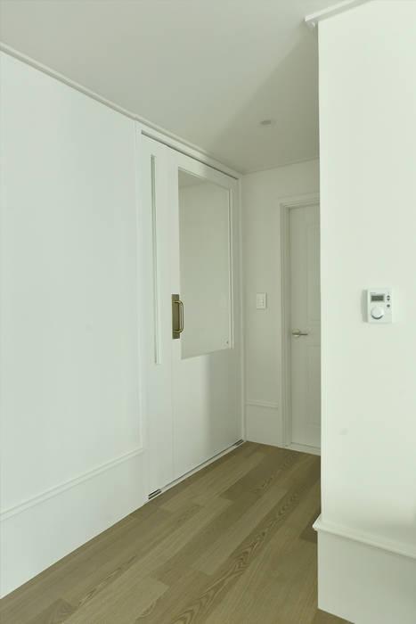 Corridor & hallway by 알렉스