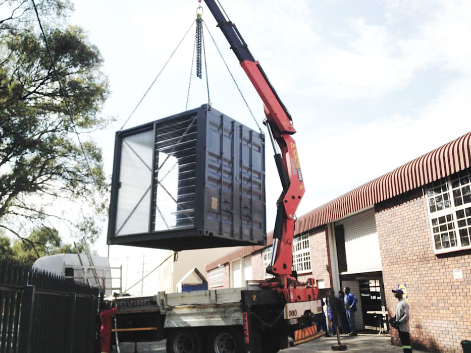 Lifting of the container by A4AC Architects Modern