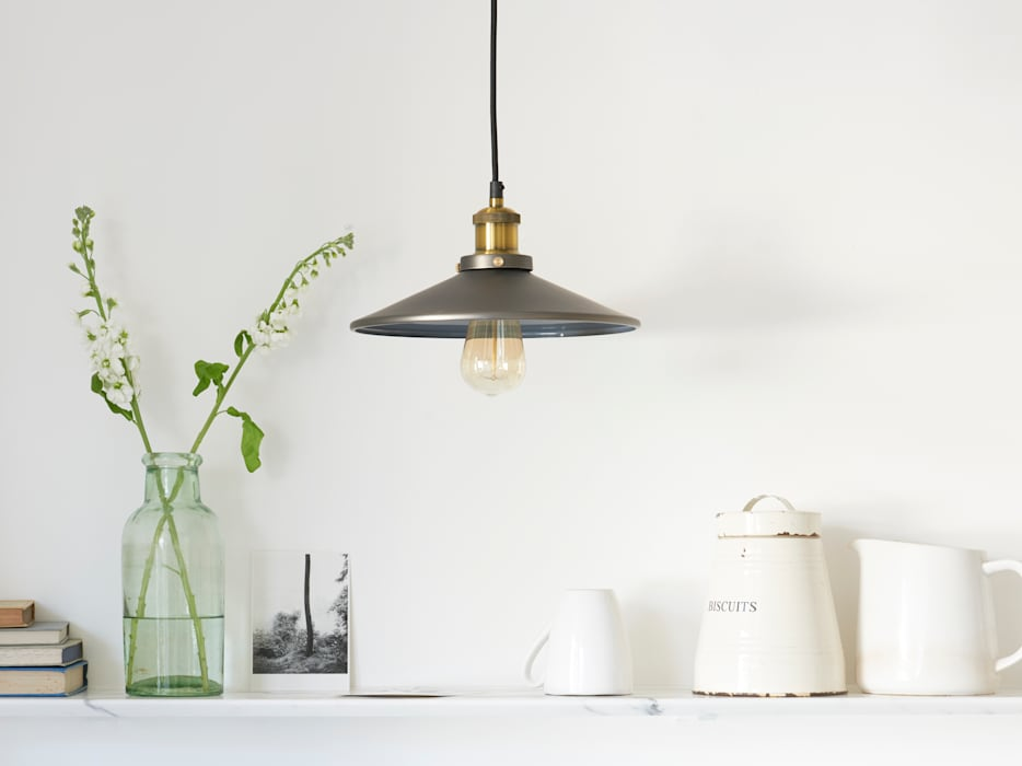 Spangle pendant lamp: modern  by Loaf, Modern