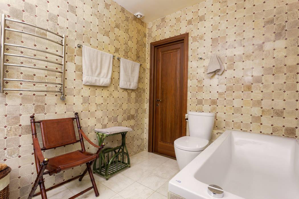 Ванная в московской квартире в стиле гранж.: Ванные комнаты в . Автор – Станислав Старых