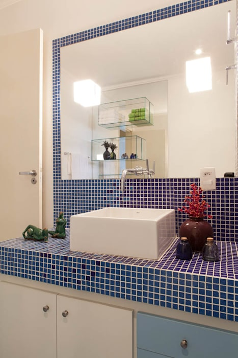 Projekty,  Łazienka zaprojektowane przez RK Arquitetura & Design
