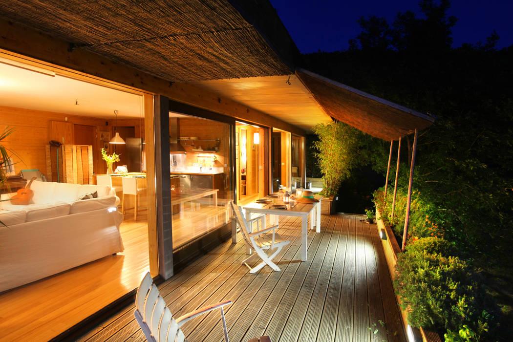 บ้านไม้ โดย Rusticasa, เอเชียน ไม้ Wood effect