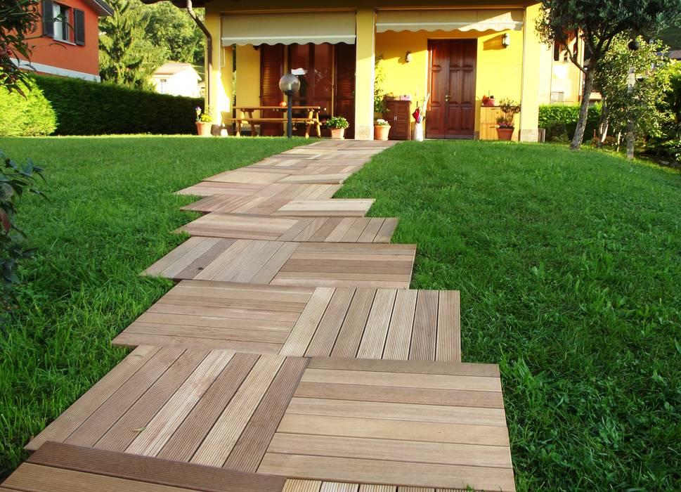Sentiero con mattonelle da esterno in legno di ipè: giardino in