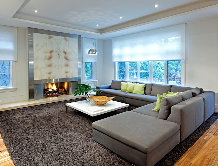 Family Room:  Living room by Douglas Design Studio