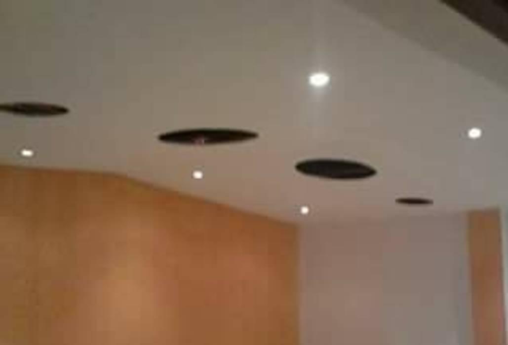 DISEÑO Y DECORACIÓN DE ESPACIOS INTERIORES Modern walls & floors