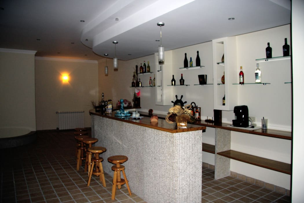 Ruang Penyimpanan Wine oleh UrbQuality Lda, Modern