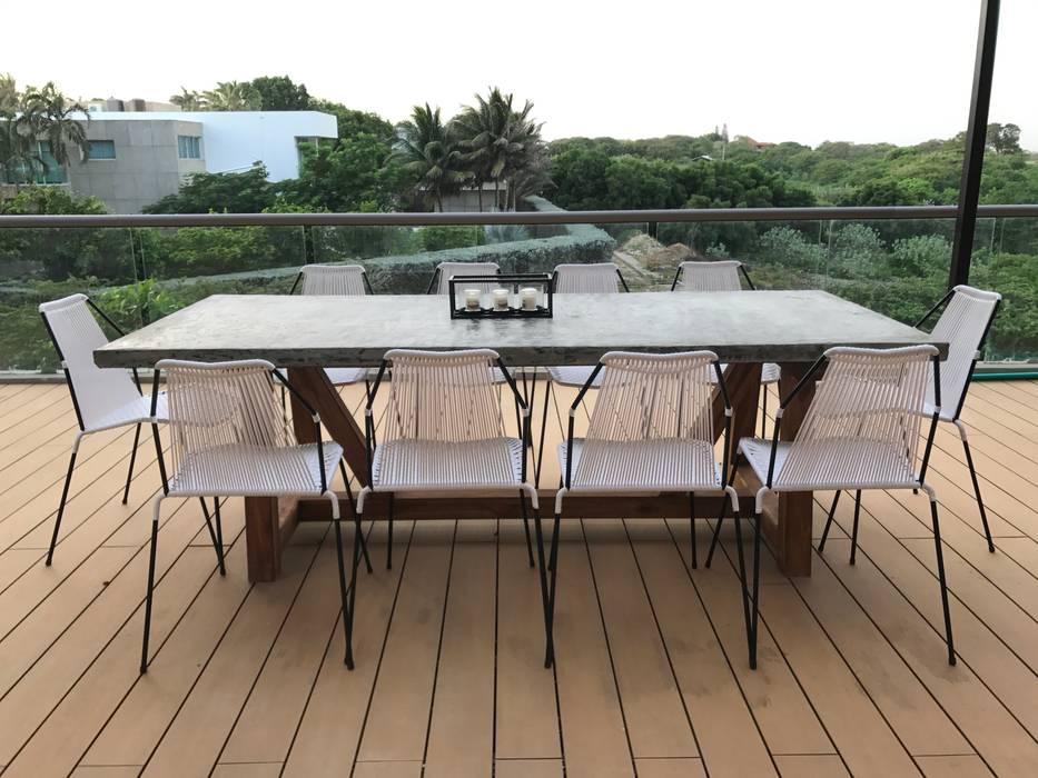 Ecologik Eclectische balkons, veranda's en terrassen Wit