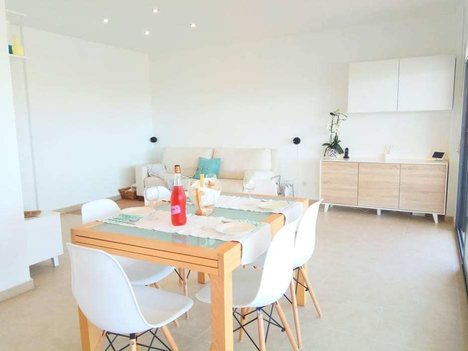 Home Staging Tarragona: Comedores de estilo  de Home Staging Tarragona - Deco Interior
