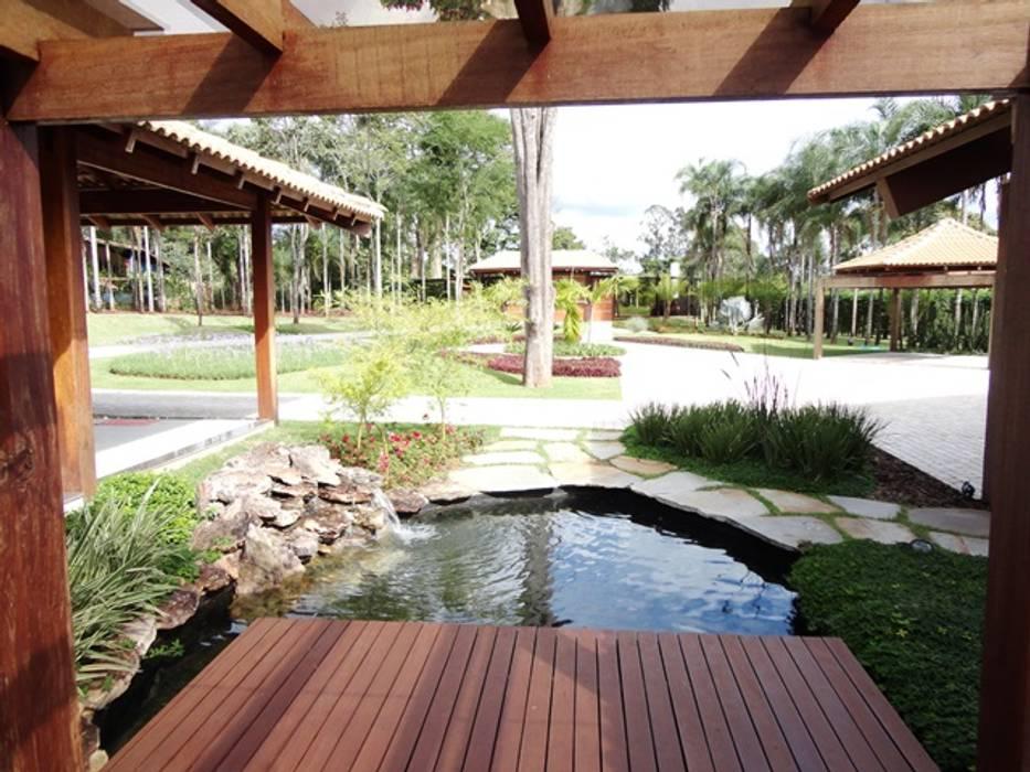 สวน โดย Guilherme Elias Arquiteto, คันทรี่