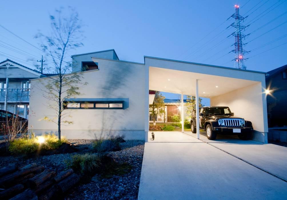 บ้านและที่อยู่อาศัย by FrameWork設計事務所