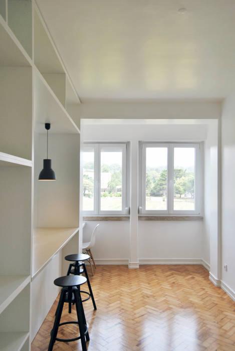 Esfera de Imagens Lda Moderne Wohnzimmer