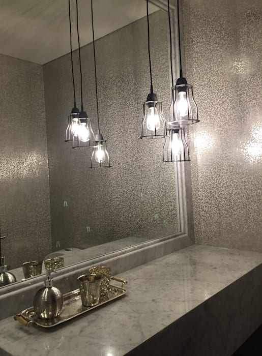 Eclectic style bathrooms by Ecologik Eclectic