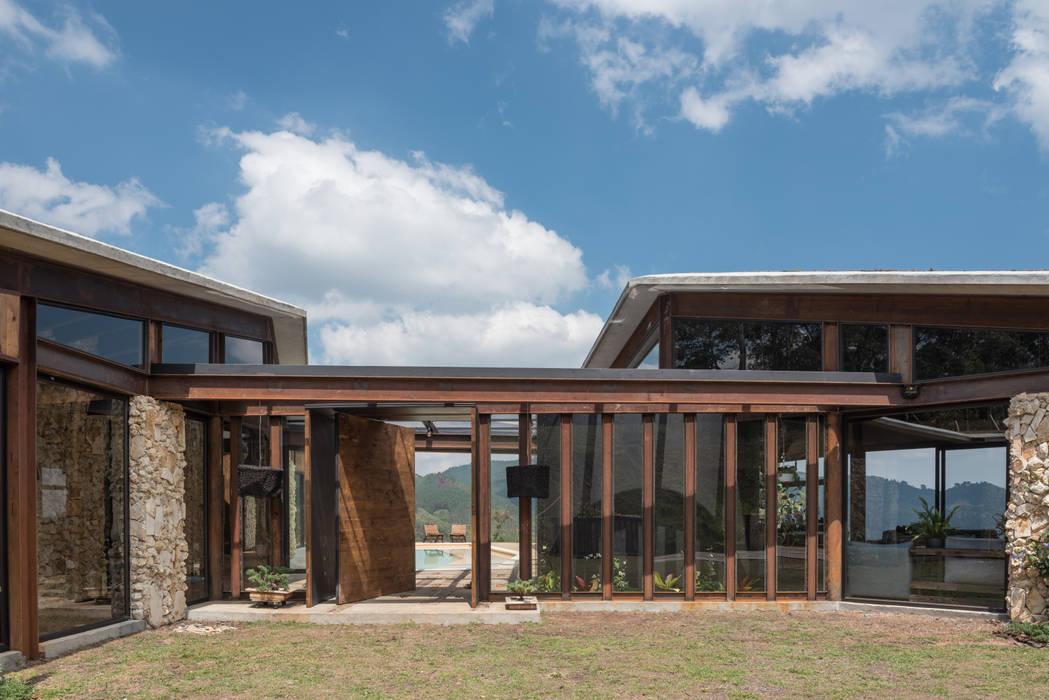 Detalles: Casas de estilo  por OPUS