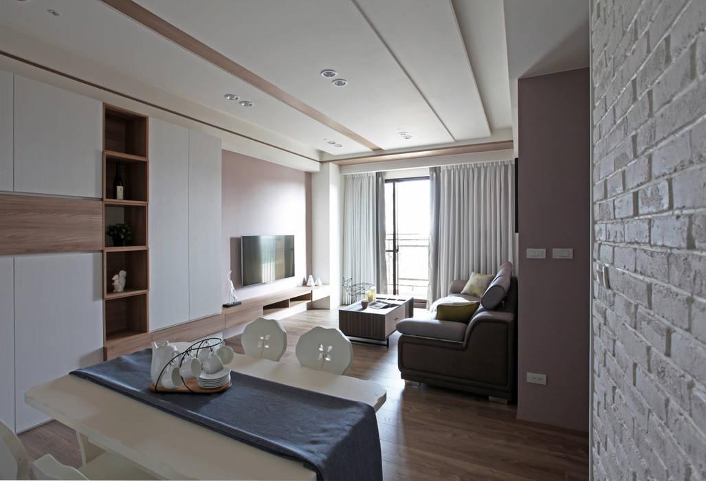 Salas de jantar  por 築一國際室內裝修有限公司,