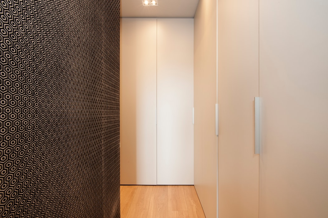 Sincro Modern corridor, hallway & stairs