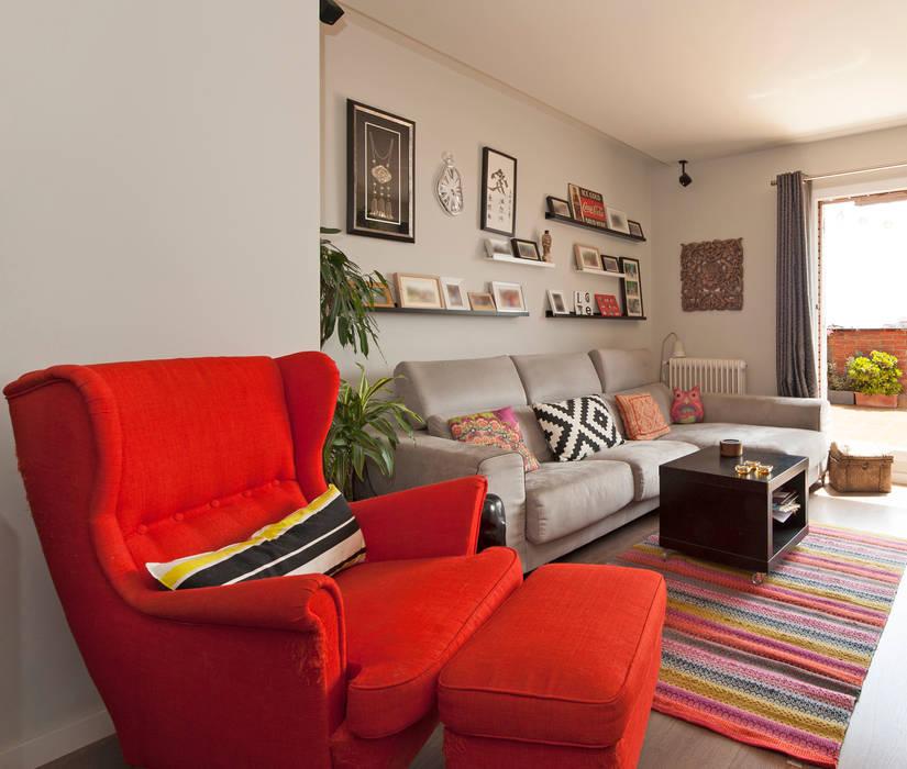 Modern Living Room by Sincro Modern