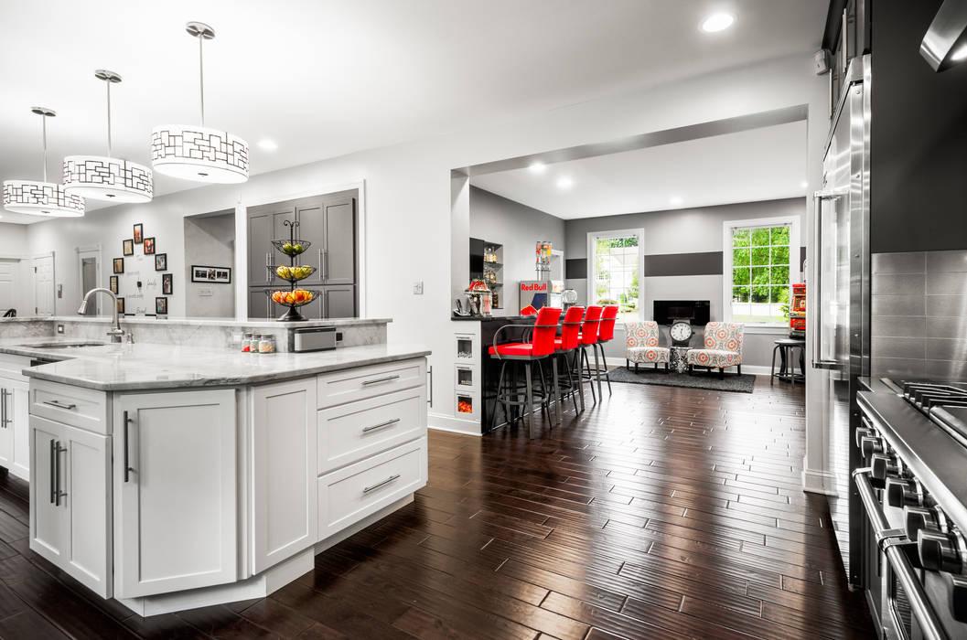 Main Line Kitchen Design Dapur Gaya Eklektik
