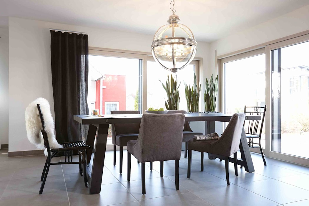 Dining room by FingerHaus GmbH - Bauunternehmen in Frankenberg (Eder), Modern