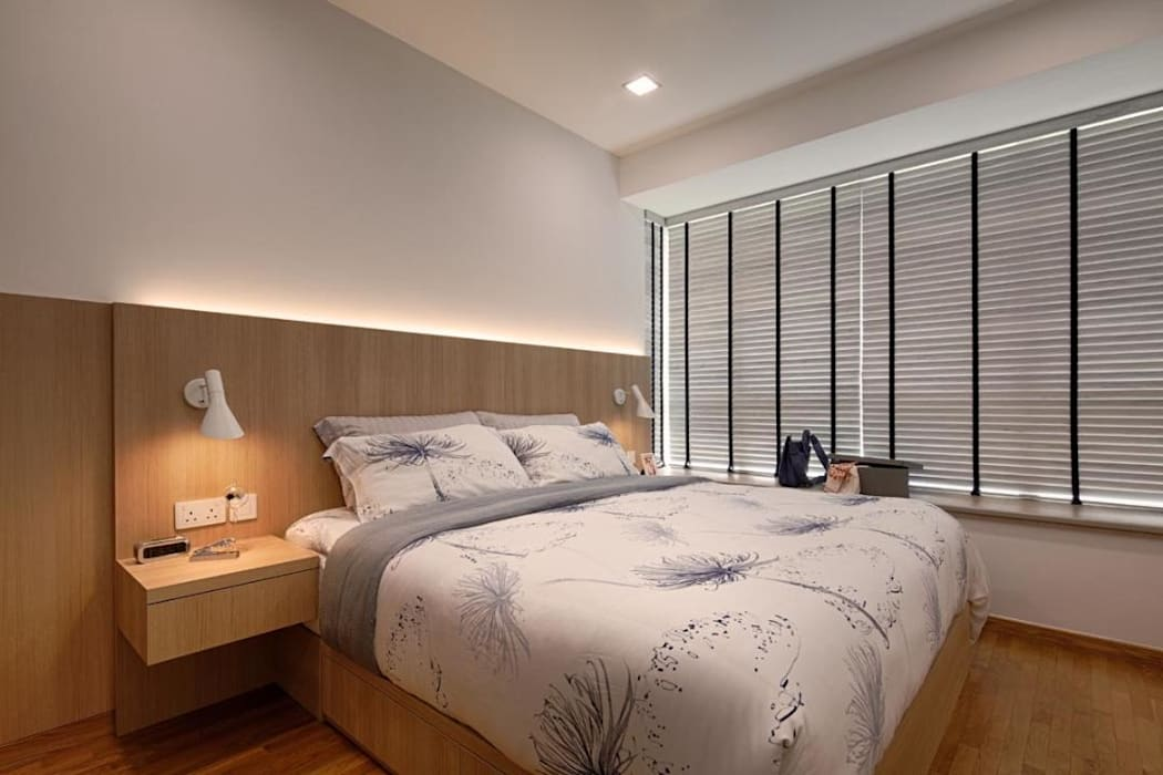 Minton Condo Interior Design Singapore:  Bedroom by Posh Home
