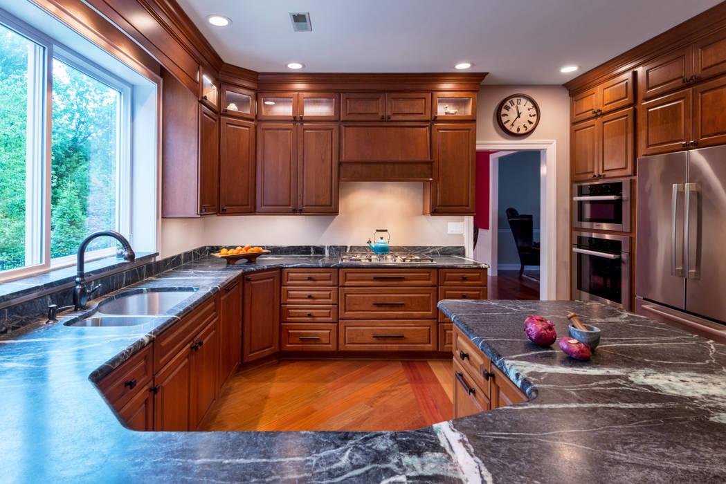 Klassische Küchen von Main Line Kitchen Design Klassisch