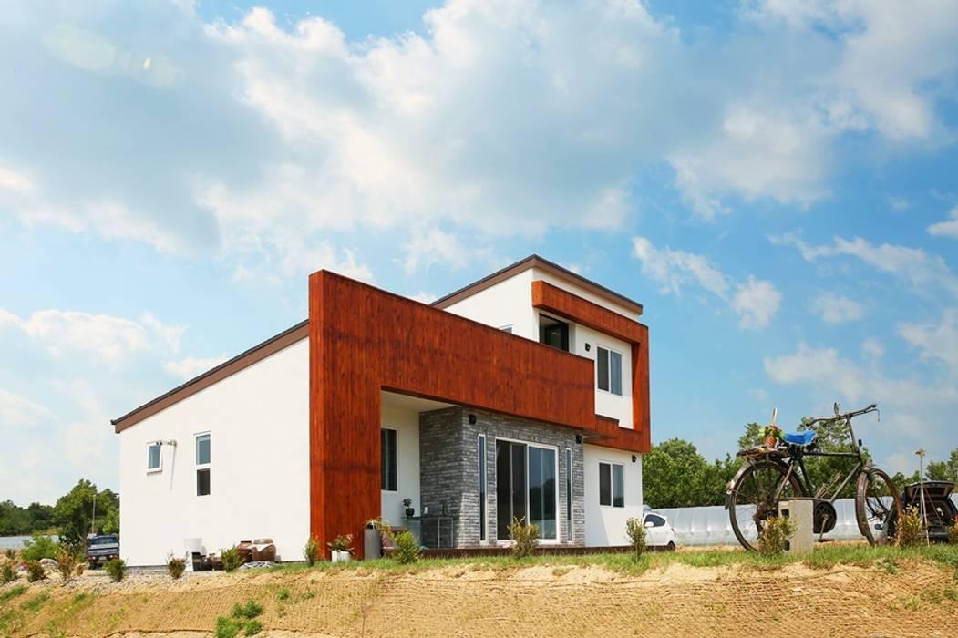 Casas de estilo moderno de 한글주택(주) Moderno