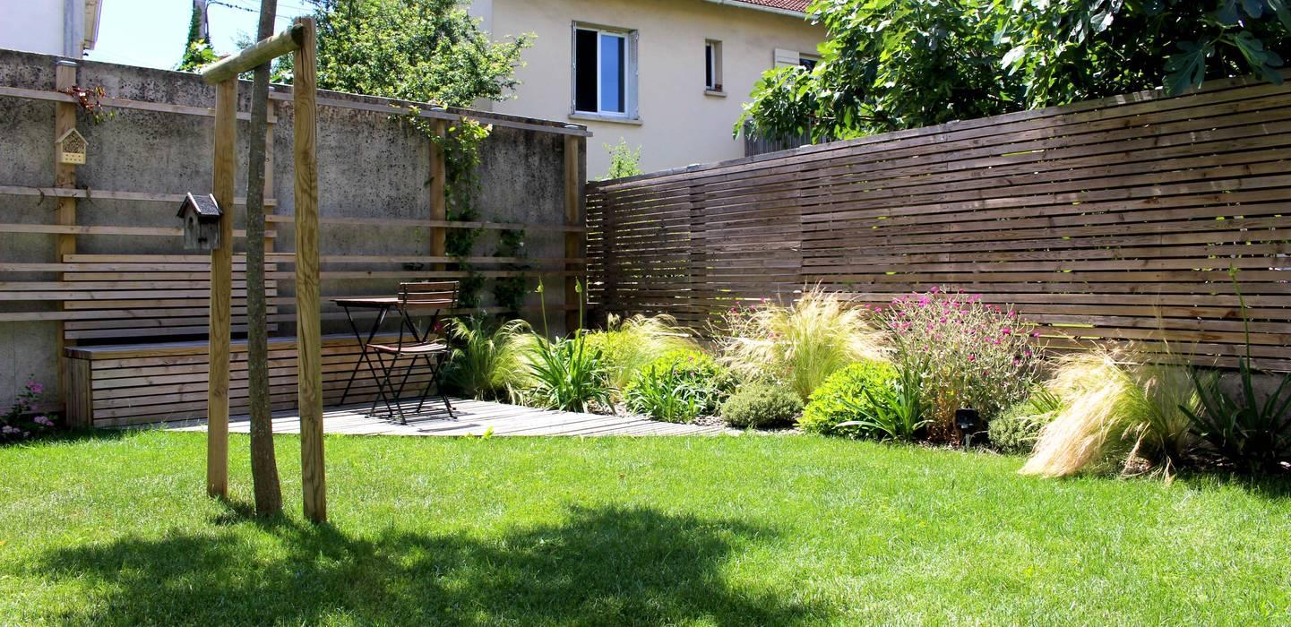 écrin lumineux: Jardin de style  par Constans Paysage