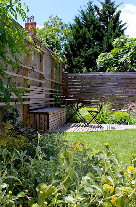 Garden by Constans Paysage, Modern