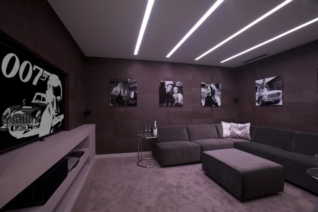 Modern style media rooms by Miralbo Urbana S.L. Modern