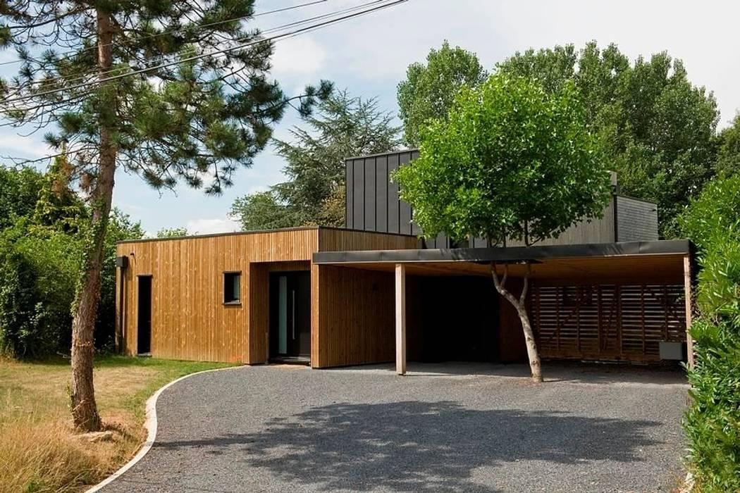 RUSTICASA | Casa em Jouars-Pontchartrain | Versailles RUSTICASA Casas de madeira Madeira Acabamento em madeira