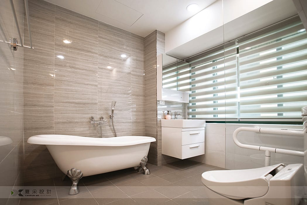 富立DC休閒會館 寬森空間設計 現代浴室設計點子、靈感&圖片 磁磚 Grey
