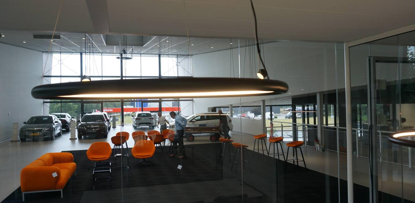 led verlichting Toss B Eclectische autodealers van AID Interieur Architecten Eclectisch