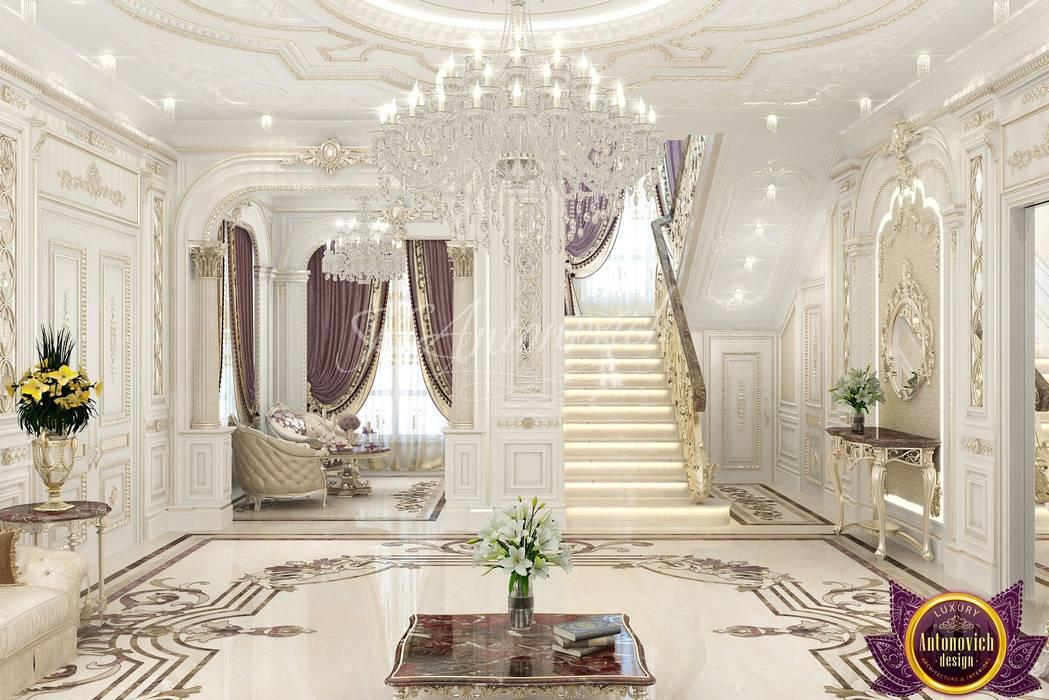 Pasillos y vestíbulos de estilo  por Luxury Antonovich Design, Clásico