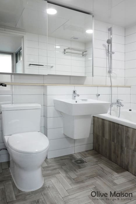 Olive Maison Modern bathroom