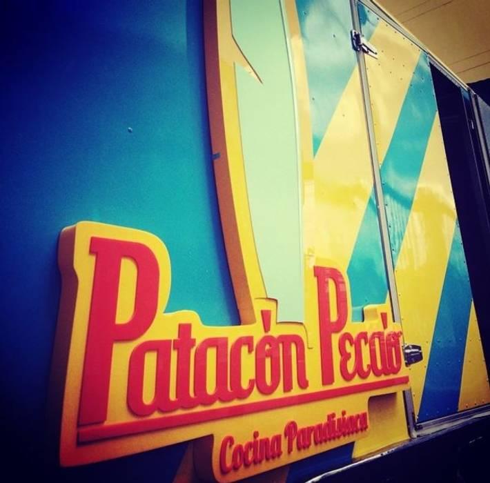 Patacón Pecao Comedores de estilo tropical de Phoenix Touch Tropical