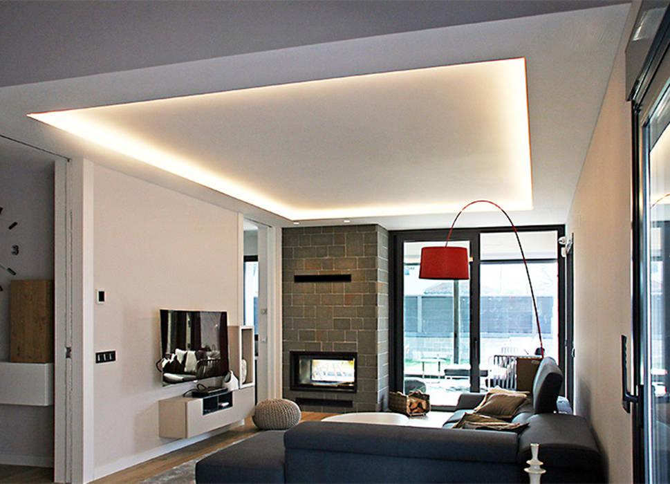 Living room by Rafael Hernáez Loza AITEC Proyectos, Classic