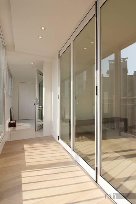 monohus project 단순한 집 : minimalhouse의  방