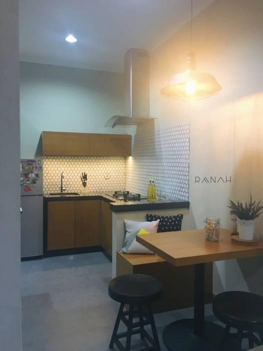Interior Residential - Pomentia Residence Dapur Gaya Industrial Oleh RANAH Industrial