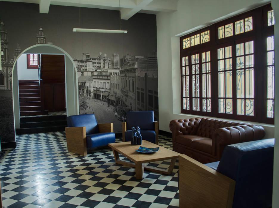 Salas de estilo clásico de RCRD Studio Clásico