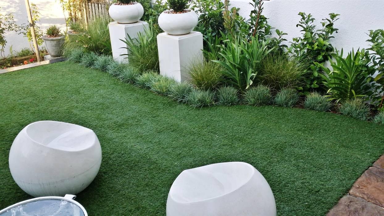 Jardin de style  par Gorgeous Gardens,