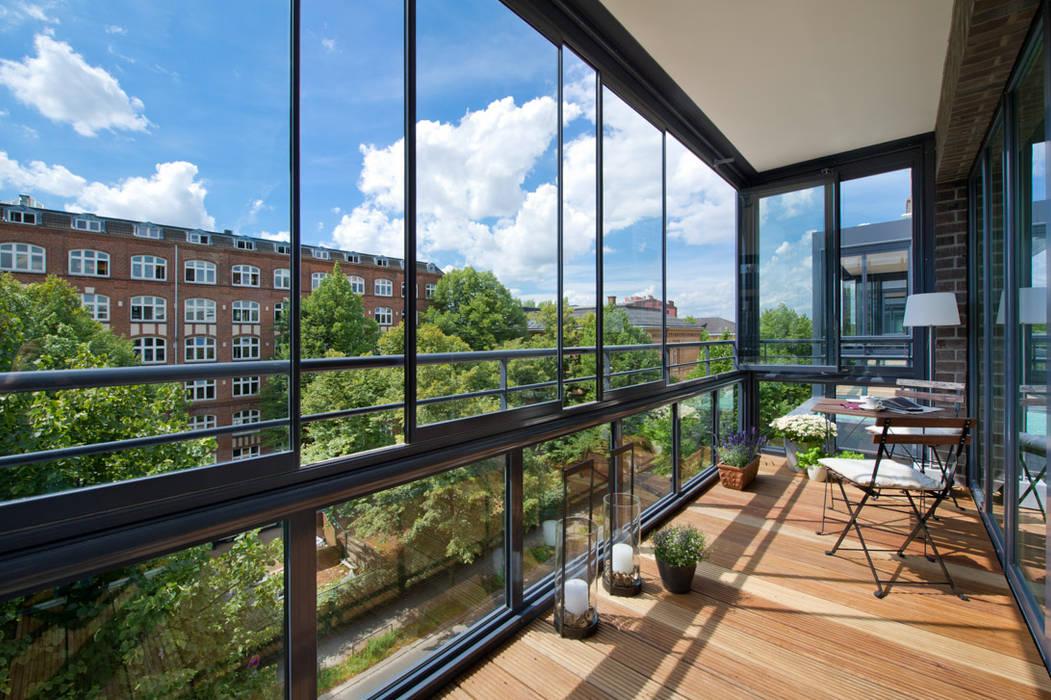 Glasfaltwände / Glasschiebefenster Mester Fenster-Rollladen-Markisen Klassische Häuser