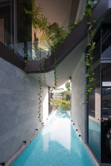 Swimming Pool Rumah Gaya Asia Oleh E&U Asia