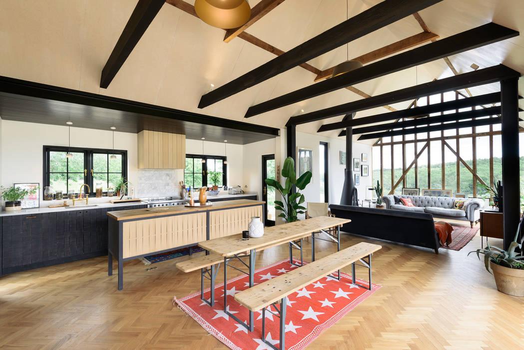 The Kent Kitchen by deVOL : rustic Kitchen by deVOL Kitchens