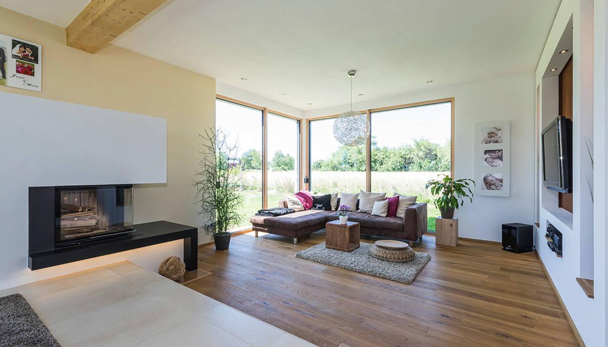 Offener Wohnbereich Mit Unterschiedlichen Bodenbelägen Und